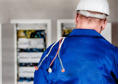 electrician-1080586_1920